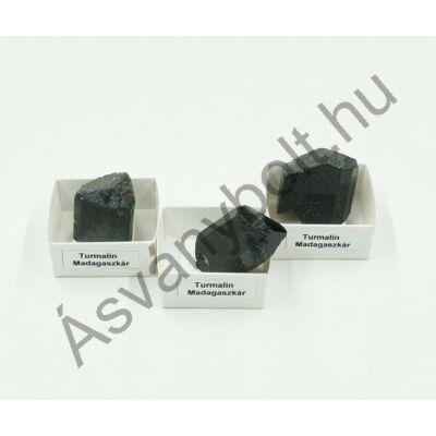 Turmalin természetes kristályok